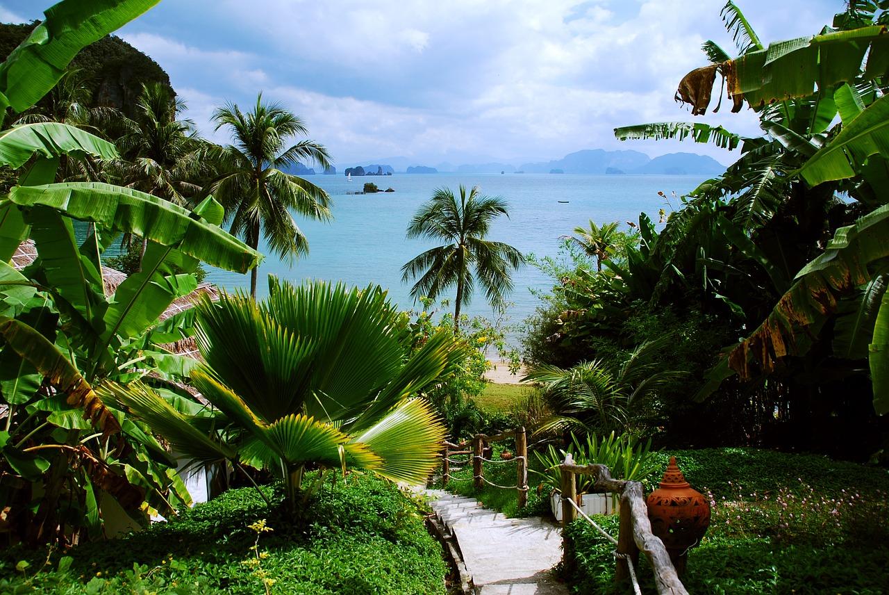 Tropikalne wakacje first minute